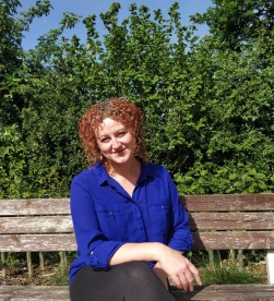 "<img src=""Profile Picture.png"" alt=""Emma McIntyre Enlighten coaching co uk profile picture"">"